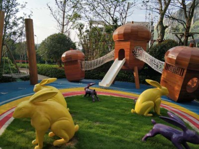 美达家园小区入户大堂前广场园建儿童乐园美陈