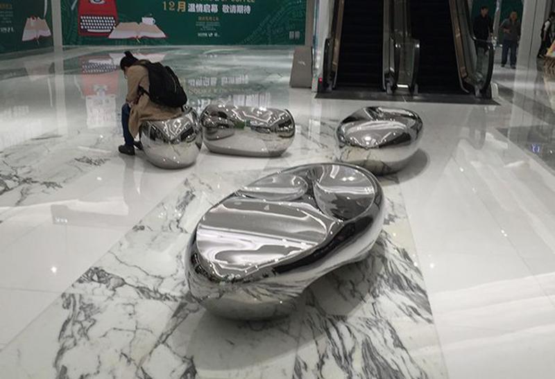 户外不锈钢创意鹅卵石头坐凳落地摆件