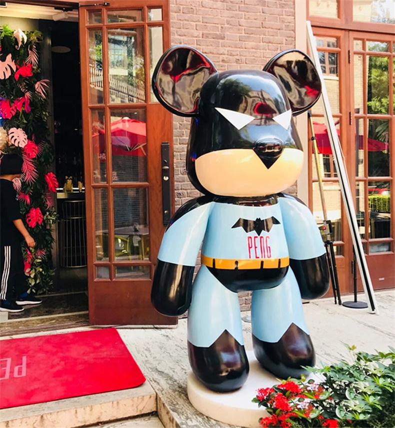kaws暴力熊模型商场门口装饰户外落地大型卡通雕塑玻璃钢摆件