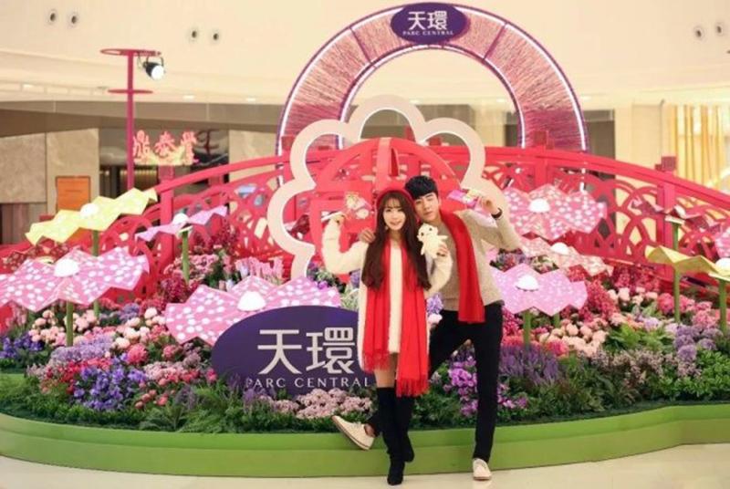 广州天环购物广场商业街景区美陈制作